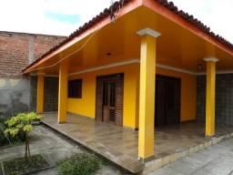 Casa para ponto comercial, 325 m², 3 quartos/salas, 4 vagas, na Av. Brasil, só 5 mil!