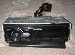 Radio pioneer MVH-98UB som automotivo