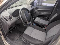 Fiesta Ford ano 2005 - 2005