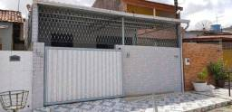 Casa em Jaguaribe com 3 quartos R$ 1.200,00