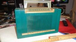 """Radio portatil Philco anos 50 """"Raridade"""""""