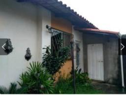 Casa com 02 quartos no Vale do Jatobá