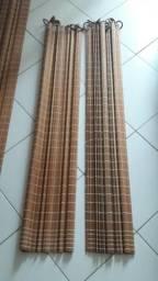 Vendo cortina de madeira