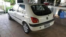 Fiesta estret 2001top delinha - 2001