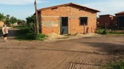 Casa Torquato neto R$13.500