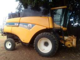 Colheitadeira New Holland CR5080