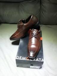 Sapato sicial couro Democrata