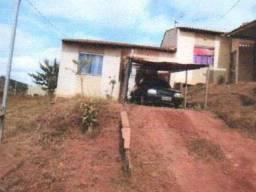 EF) Lote009: Casa com 2 quartos em Guanhães/MG