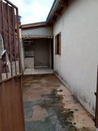 Aluga-se quitinete na Vila Alzira em Aparecida de Goiânia
