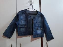 Jaqueta jeans.
