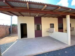 Vendo ou troco por casa ou terreno no bairro Buritis 3 apartamentos na Cidade Satélite