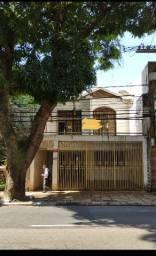 Casa em Nazaré - 480m2 - 2 ou 3 vagas de garagem