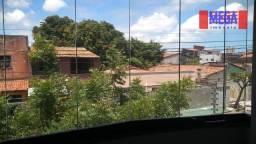 Casa duplex no bairro Parque Araxá