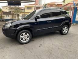 Título do anúncio: Tucson 2008 GLS, 88 mil km , Impecável. Carro para pessoas exigentes. Teto Solar, V6.