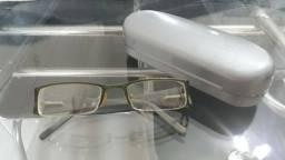Armação de óculos  pouco usado lindo
