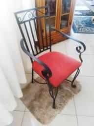 Título do anúncio: Cadeira de Ferro requinte , em perfeito estado !