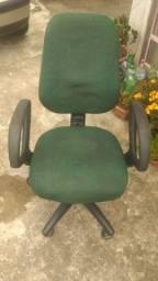 Título do anúncio: 3 Cadeiras 1 Presidente c/ Regulagem altura + 2 Brinde