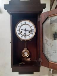 Título do anúncio: Antigo relógios Germânico semi carrilhão Duas Setas
