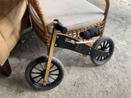 Bicicleta de equilíbrio para crianças