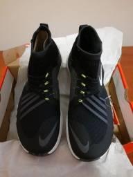 Tênis Nike Flylon Train Dynamic