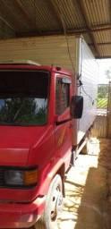 Título do anúncio: Caminhão 710 ano 2003