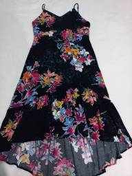 Título do anúncio: Lote com 4 vestidos por 250,00