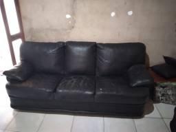 Vende-se sofá de couro