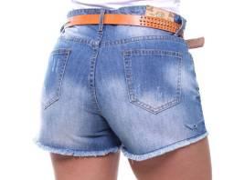 Short com cinto Crocker, tamanho 44