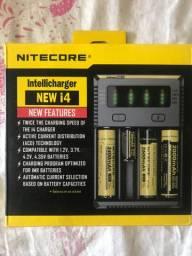 Carregador de Baterias Nitecore D4