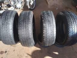Vendo estes 4 pneus bons para ser usados novamente