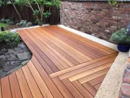Título do anúncio: Deck de madeira! Leia