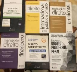 Coleção de livros de Direito para concurso