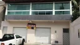 Loja / Galpão / Ponto comercial * sao 2 loja 70m2 + casa de 4/4 sendo 3 suites