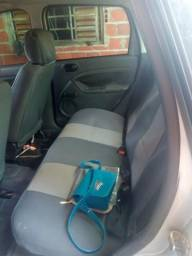 Ford Fiesta Sedan 1.0 - 2007