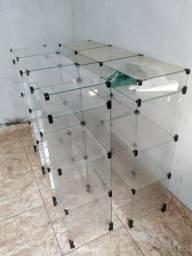 Balcões expositores de vidro