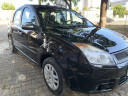 Fiesta sedan com GNV legalizado - 2008