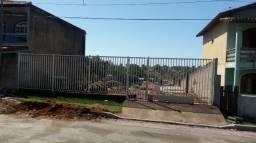 Terreno de 369,61m², no Loteamento Belo Horizonte, no Bairro Meaípe. Terreno Murado, com p