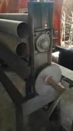 Máquina manual para virá lambri chapa para prtaoaté 2metros