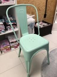 Cadeira tolix verde