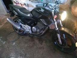 Moto honda cbx 250 Twister, c rodas da cb 300 - 2004