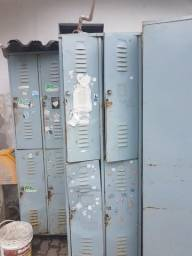 Roupeiro de Aço vestiário 4 portas pitão para cadeado ferro metal