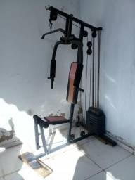 Máquina de musculação R$ 1.000