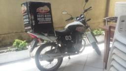 Moto Honda Job 2008 com baú - 2008