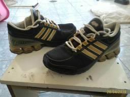f92a3f007 Barato !! Tênis Adidas Cubo, Original ! Leia o Anúncio !