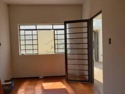 Casa para alugar com 2 dormitórios em Vila guilhermina, Pirassununga cod:10131880