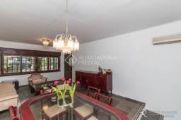 Casa para alugar com 3 dormitórios em Petrópolis, Porto alegre cod:301100