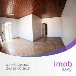Alugo Casa no Vieiralves, 250m², 3 quartos , semi-mobiliado