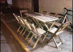 Mesa e cadeira rústica