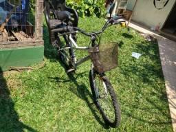Bicicleta aro 27 com cadeirinha para criança