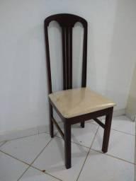 Vendo cadeira de madeira, assento estofado